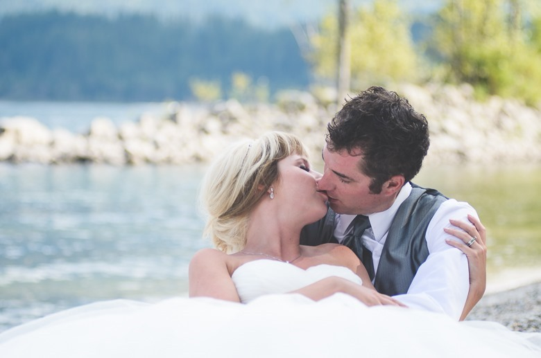 ashley-chance-dorval-nelson-bc-kootenay-wedding-electrify-photography-b-50
