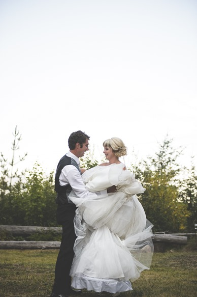 ashley-chance-dorval-nelson-bc-kootenay-wedding-electrify-photography-e-133