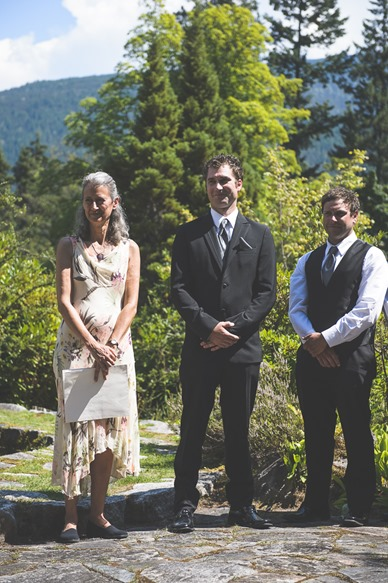 ashley-chance-dorval-nelson-bc-kootenay-wedding-electrify-photography-e-31