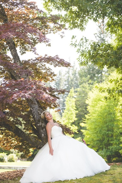 ashley-chance-dorval-nelson-bc-kootenay-wedding-electrify-photography-e-59