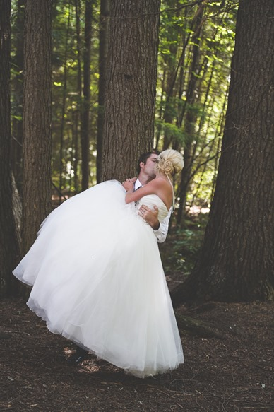 ashley-chance-dorval-nelson-bc-kootenay-wedding-electrify-photography-e-80