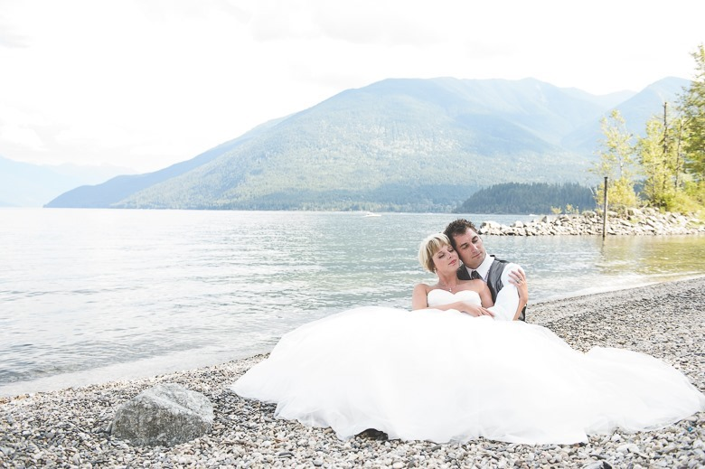 ashley-chance-dorval-nelson-bc-kootenay-wedding-electrify-photography-e-85