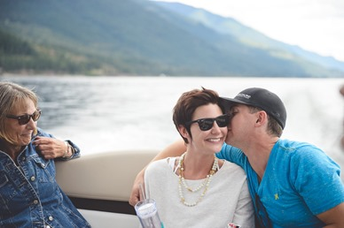 kootenay-wedding-beach-glam-intimate-lake-yacht-boat-electrify-photography-nelson-bc-138