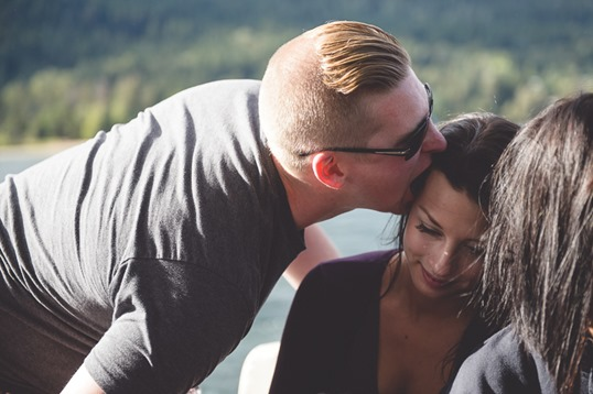 kootenay-wedding-beach-glam-intimate-lake-yacht-boat-electrify-photography-nelson-bc-164
