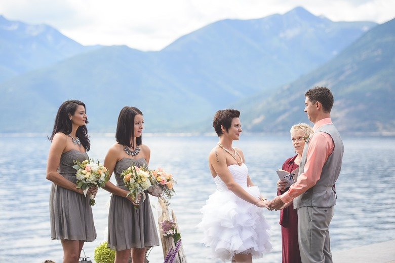 kootenay-wedding-beach-glam-intimate-lake-yacht-boat-electrify-photography-nelson-bc-37