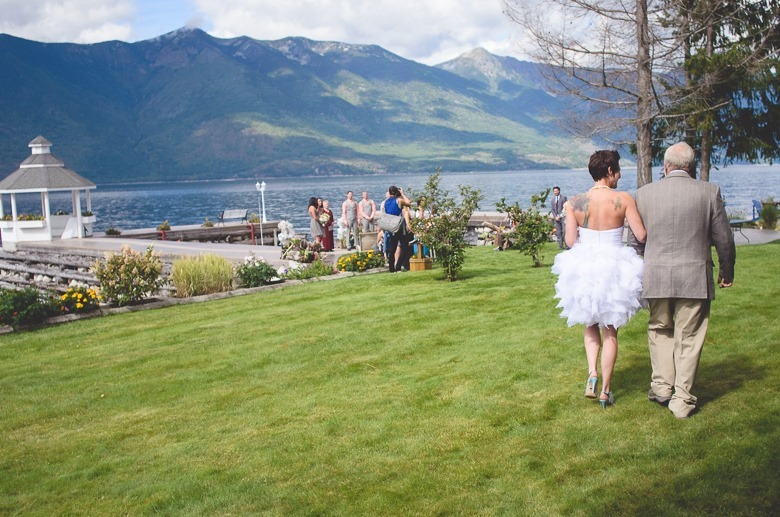 kootenay-wedding-beach-glam-intimate-lake-yacht-boat-electrify-photography-nelson-bc-42