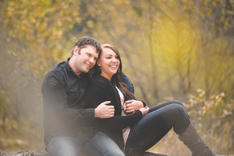 matt-stacey-fall-engagement-lake-kootenay-nelson-bc-wedding-electrify-photography-5