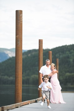 castlegar-bc-kootenay-backyard-wedding-electrify-photography-19
