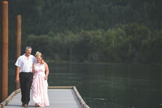 castlegar-bc-kootenay-backyard-wedding-electrify-photography-21