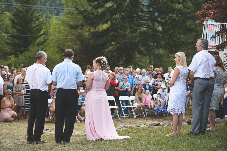 castlegar-bc-kootenay-backyard-wedding-electrify-photography-29