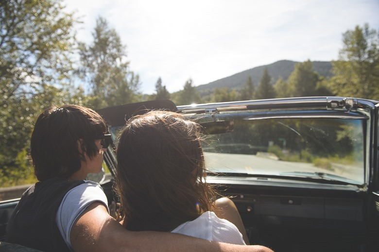 kootenay-engagement-valiant-old-car-vintage-summer-love-nelson-bc-wedding-electrify-photography-16